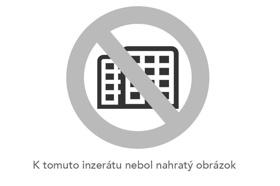 Prenájom luxusného RD priamo v centre Trenčína - novostavba